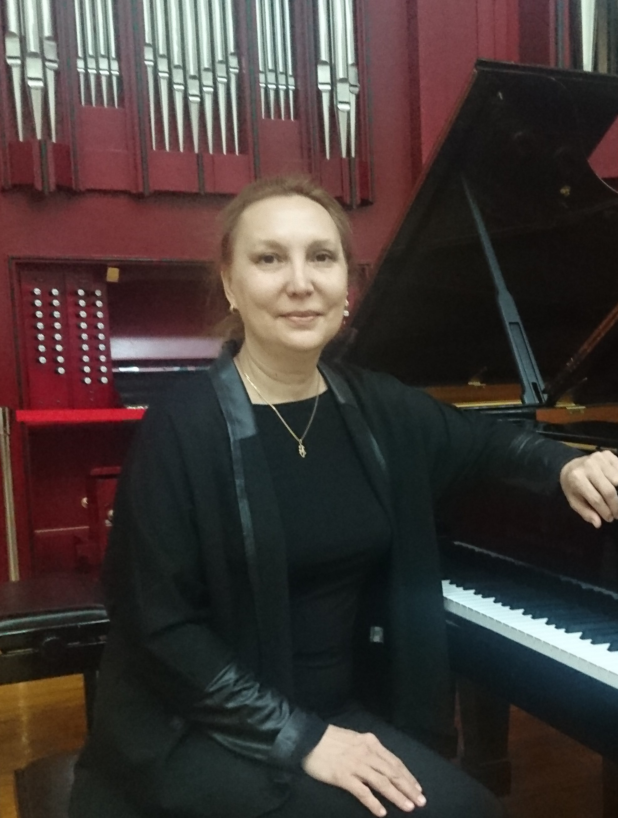 Латышова Лариса Викторовна.