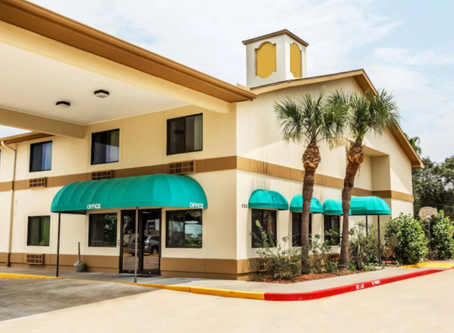 Scottish Inn & Suites League City