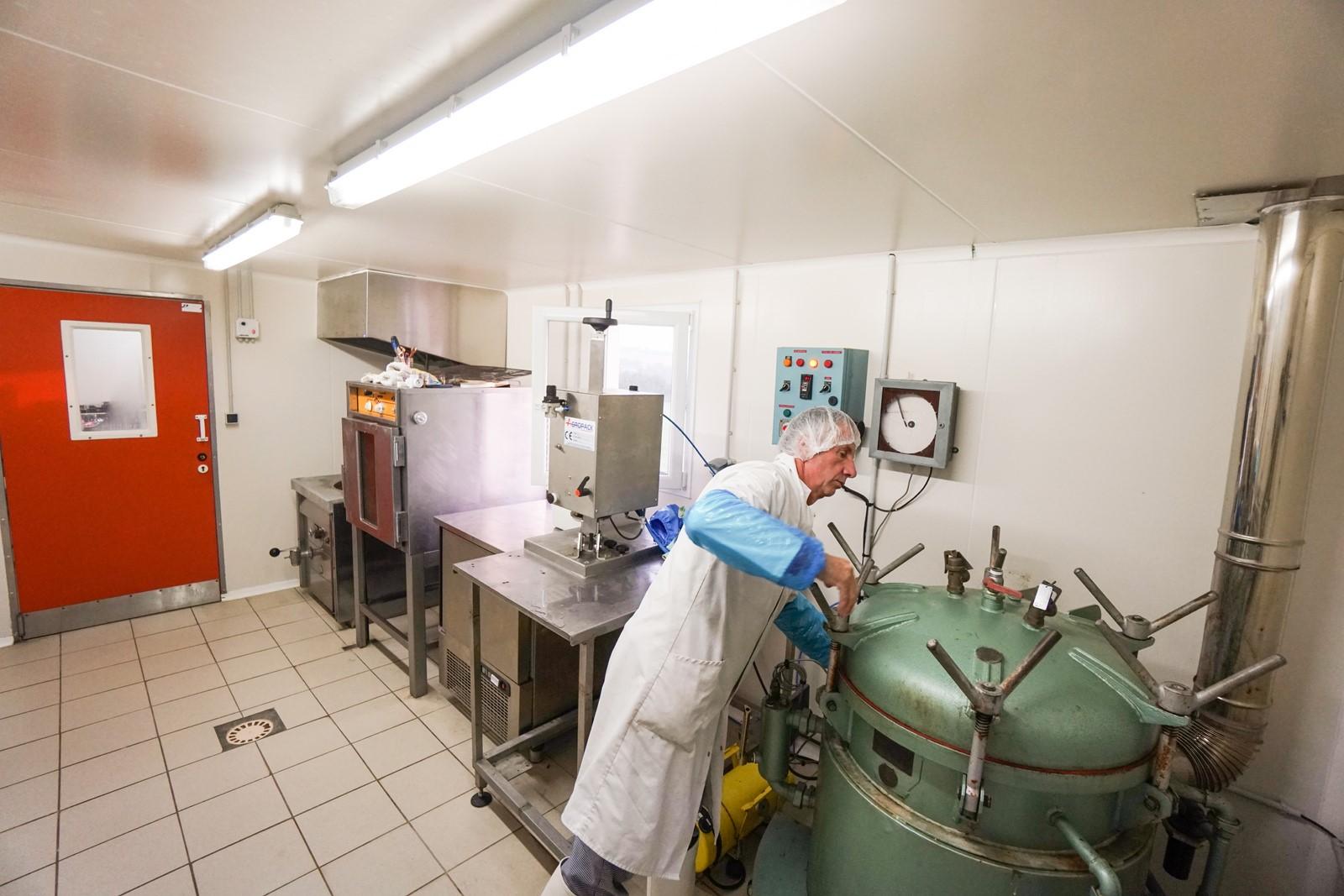 Laboratoire préparation à la ferme