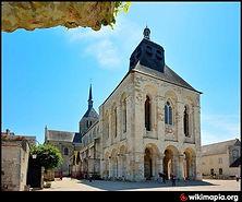 Basilique_de_Saint-Benoît-sur-Loire.jpg