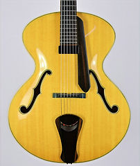 Khan-traditional archtop guitar, Thierry Andre Instruments