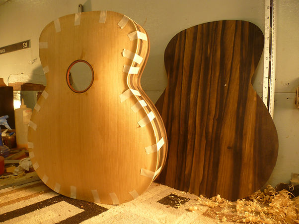 old-school-archtop-workbench-thierry-andre-instruments