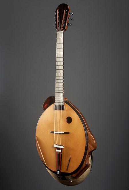 Guitar-Etude-bowl-back-goatskin-prototype-Thierry-Andre-Instruments-PO