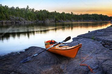 photo-orange-kayak.jpg