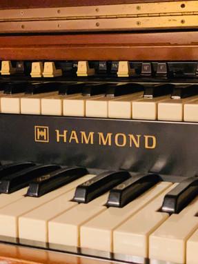 Orgue à tirettes HAMMOND B3/ B4 + Lesli.JPG