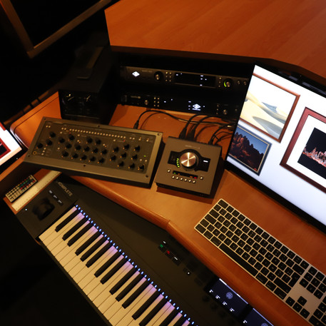 Régie - Label Baboo Music - Studio b - 47220 Astaffort