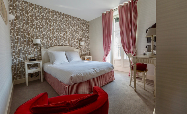 Chambre_classique_3_Hotel_Le_Square_Asta