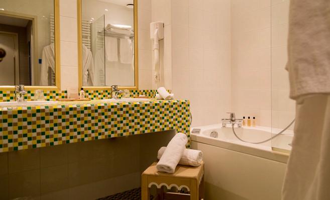 Chambre_Superieure_Twin_9_Hotel_Le_Squar