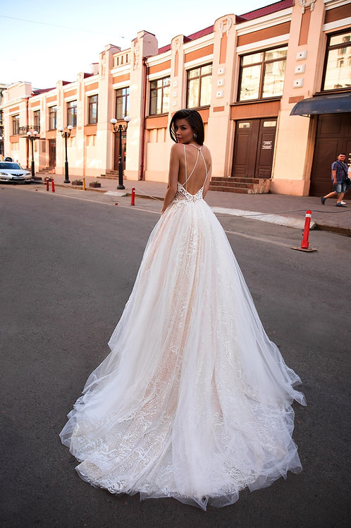 Свадебное платье 01149 Lambis Crocata