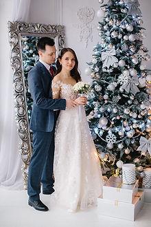 Невеста Анна в кружевном свадебном платье Adel
