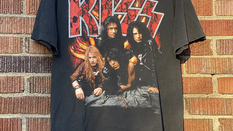 1992 Kiss Revenge Tee