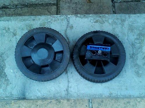 Set of 2 Lawnmower Wheels - Challenge Xtreme