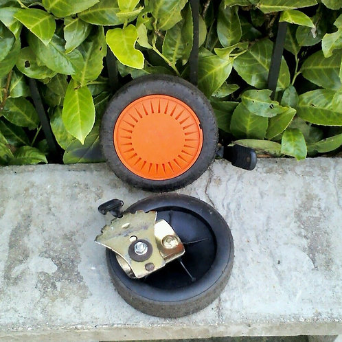 Set of 2 Lawnmower Wheels with Adjusters- Champion