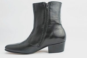 705 Black Boots 3.jpg