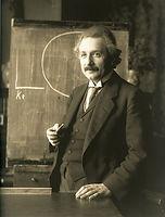 1024px-Einstein_1921_by_F_Schmutzer_-_re