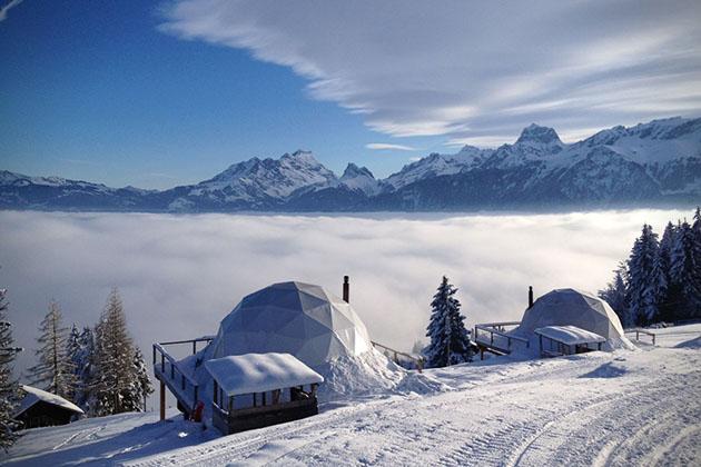 Luxury ecopods in the Swiss Alps