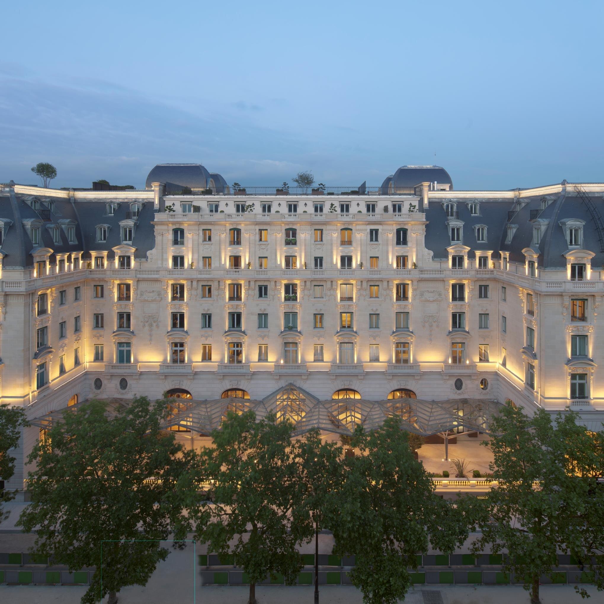 Peninsula Paris