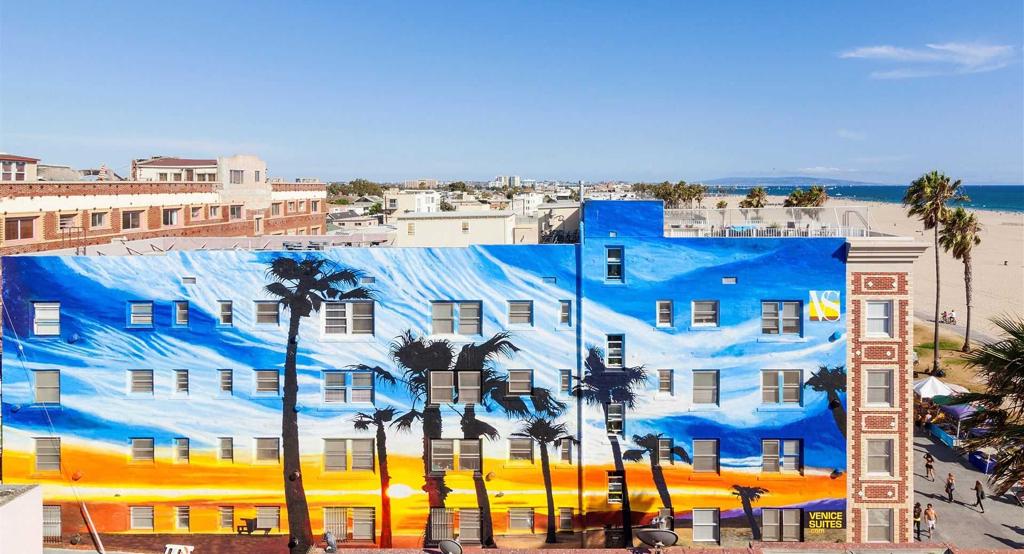 VS, Venice Beach L.A.