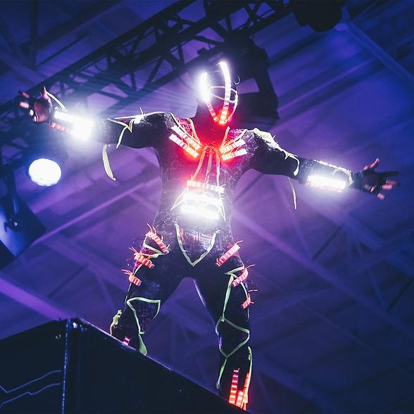 Zanqueros LED de hora loca