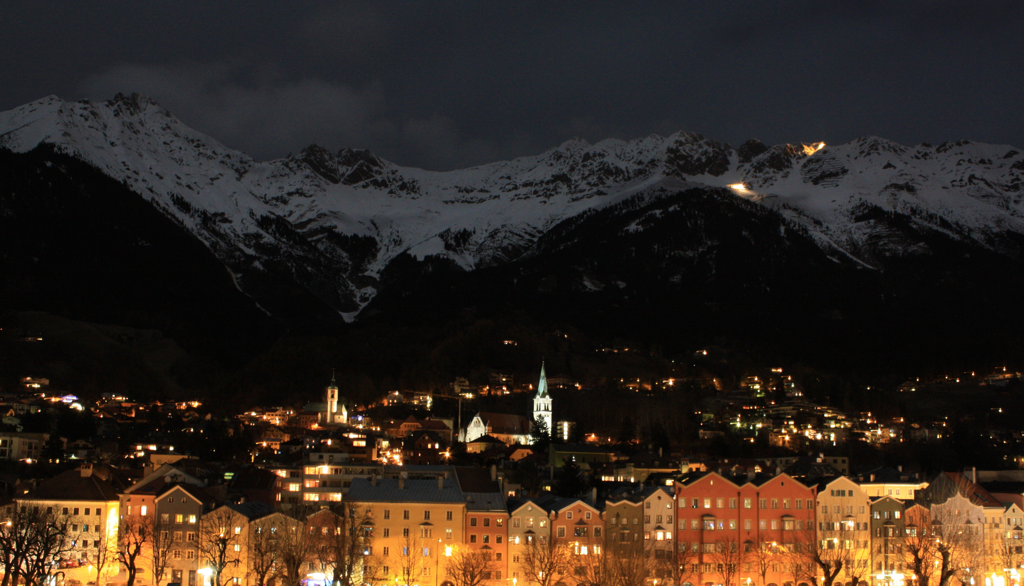 Innsbruck at night1