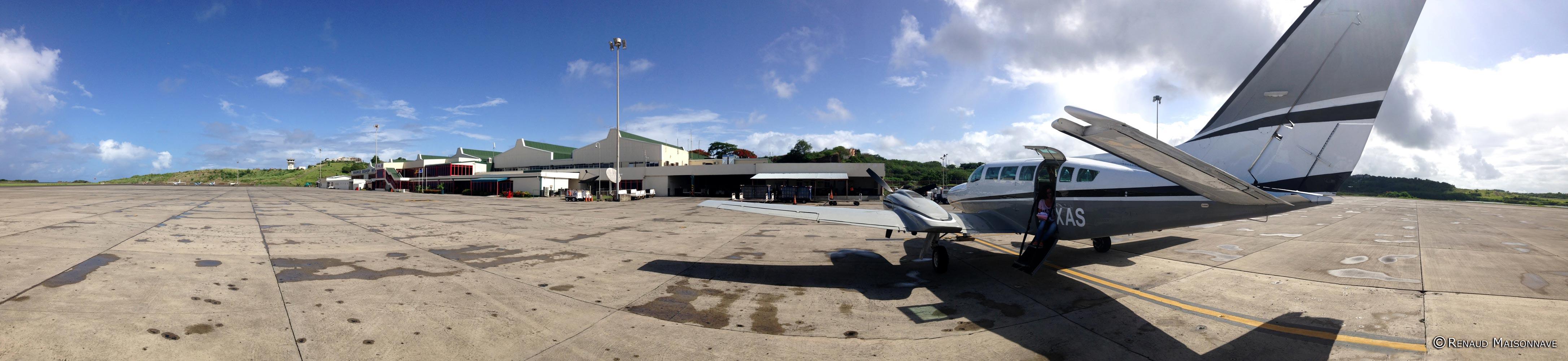Cessna 404 en escale à Grenade