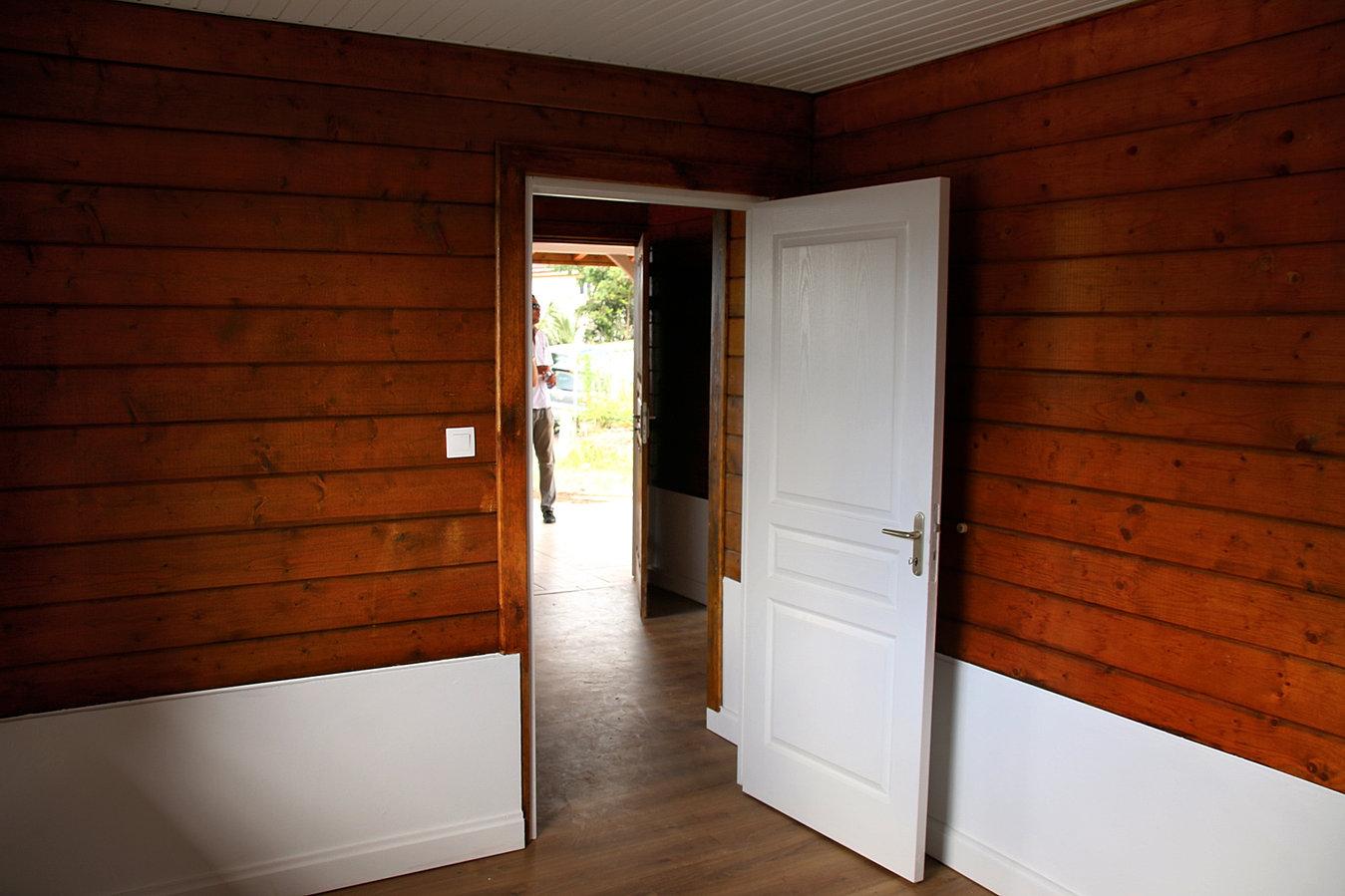 Constructeur maison bois kit martinique for Constructeur maison en bois 85