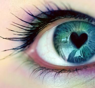 Se olhe com os olhos do amor