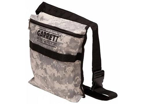 Garrett's Camo digging pouch
