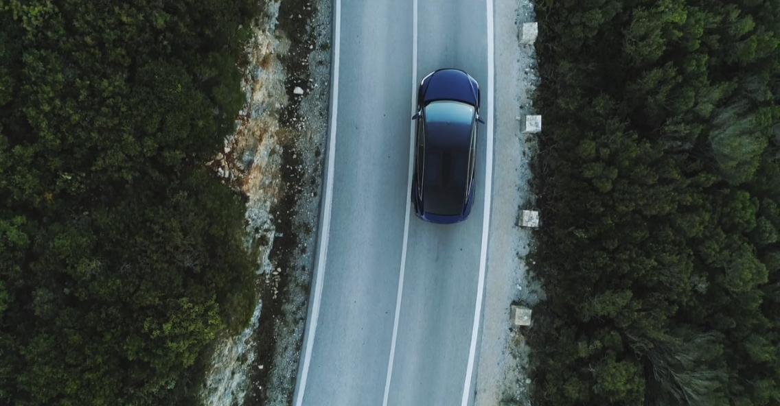 Tesla modèle X - Drone Diffusion