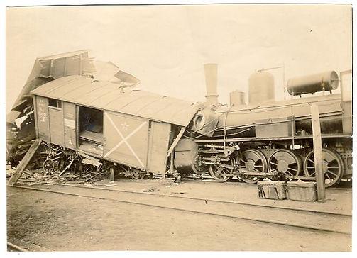 Крушение поезда на разъезде Анжерском 1908. Фото из коллекции Михаила Мацы.