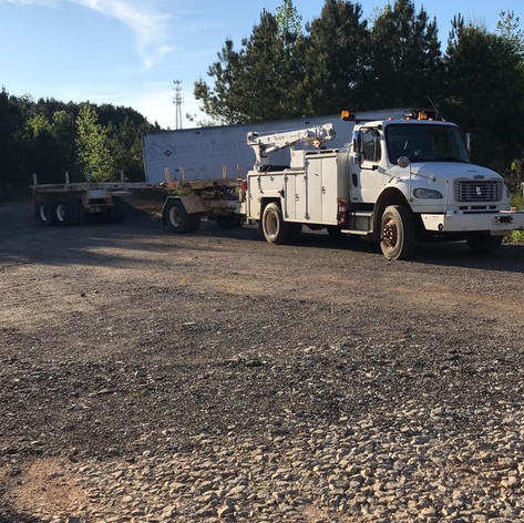 Let us service your truck and trailer!