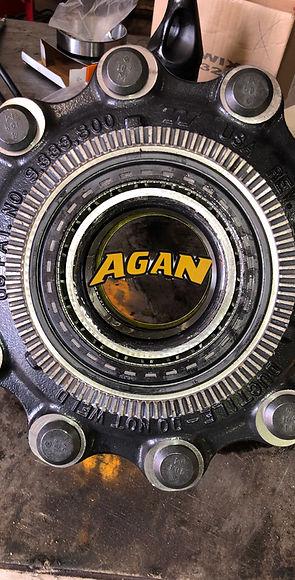 wheel seal.jpg