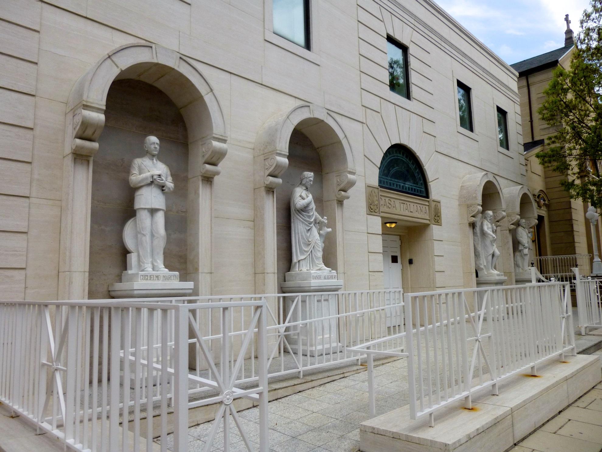 Casa Italiana Sociocultural Center