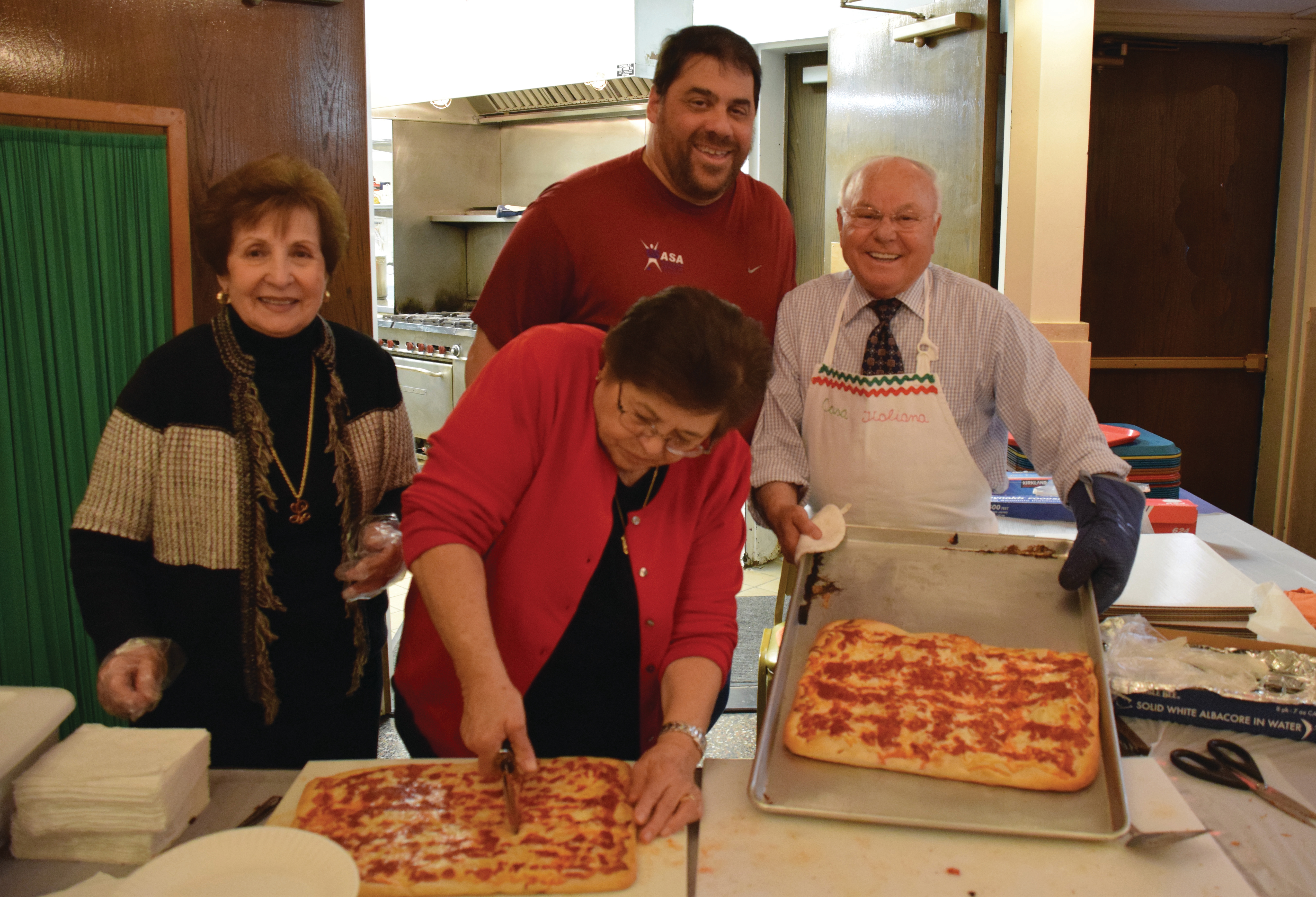 Making pizza at Casa Italiana