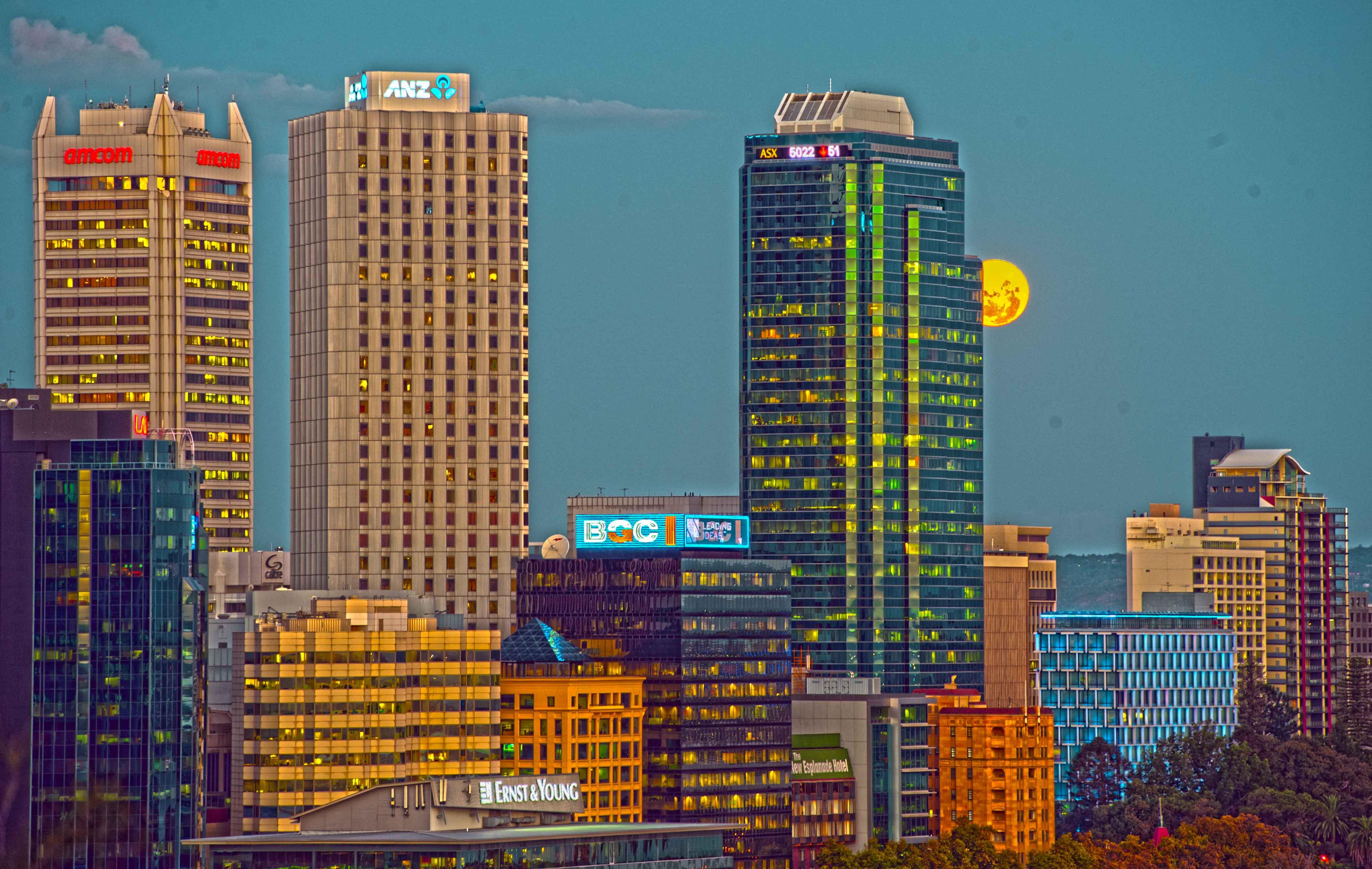 moonrise Perth _HDR2