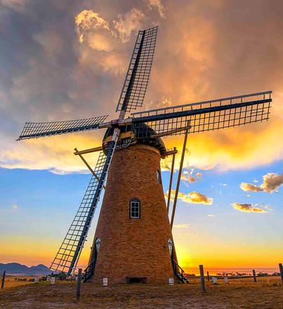 a 8 r Dutch Wndmill_1637