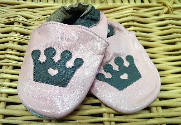 Pink Crown Soft Shoes
