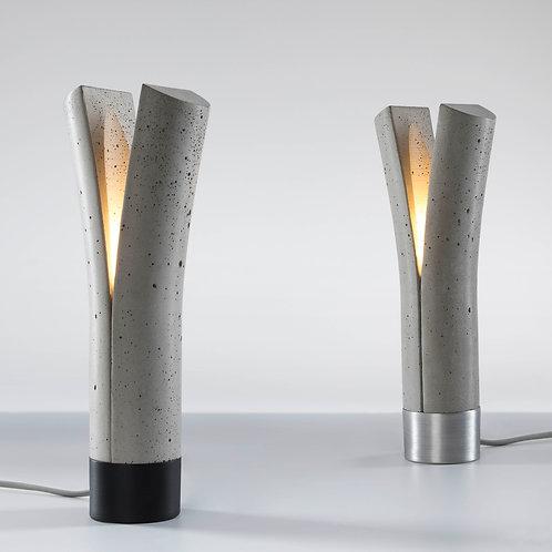 RELEASE Concrete table lamp