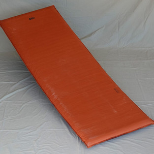 Thermarest style sleeping pad