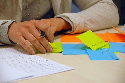 brainstorming-441010_1280.jpg