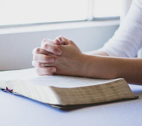prayer-1308663_1920_edited.jpg