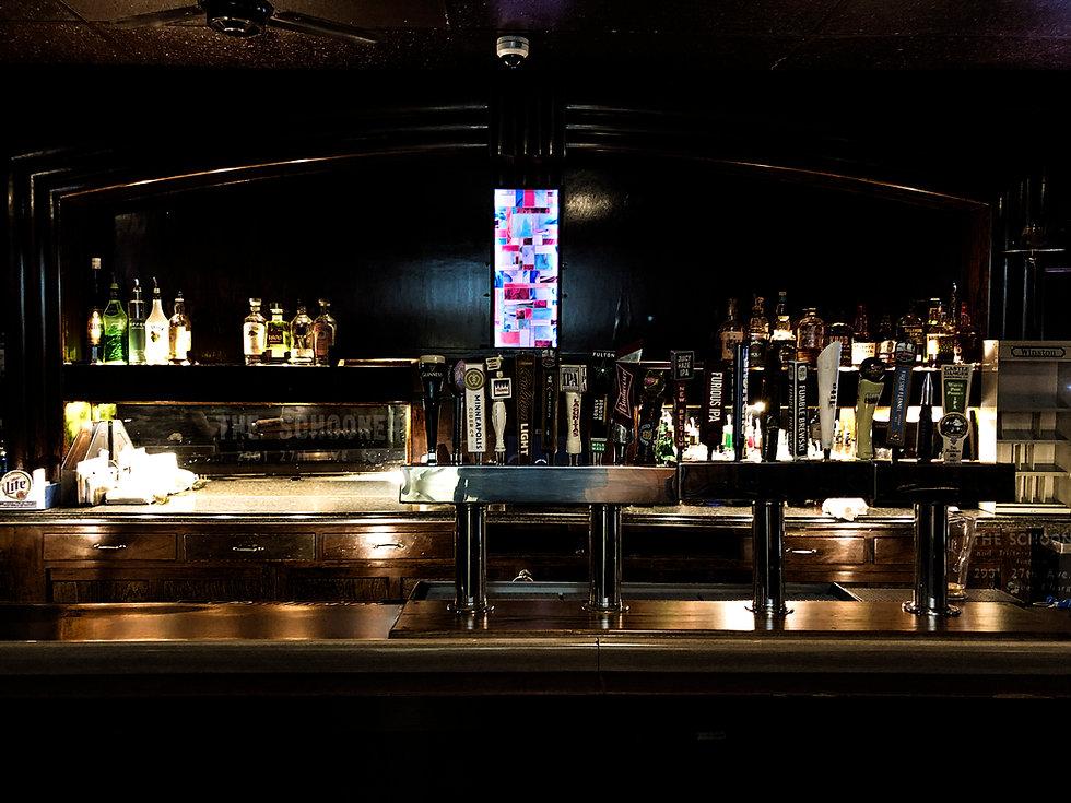 schooner_tavern_home page_bar.jpg