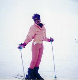 047 - mom skiing.jpeg