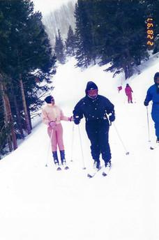 043 - mom ski.jpeg