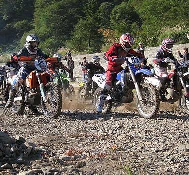 race_top.jpg