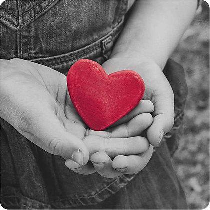 """Postikortti """"Punainen sydän"""""""