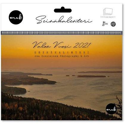 Valon vuosi-seinäkalenteri 2021
