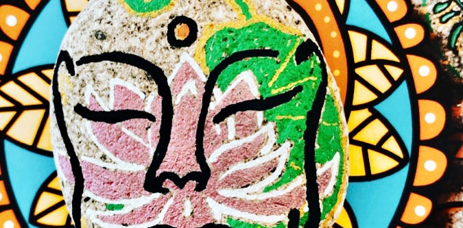 galet sacré lotus méditation
