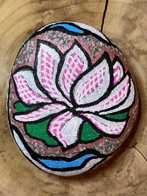 Déesse, lotus symbole de pureté et d'éveil.