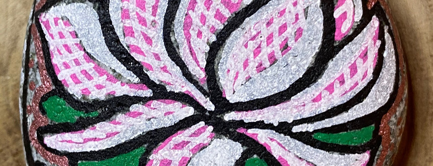 galet sacré lotus